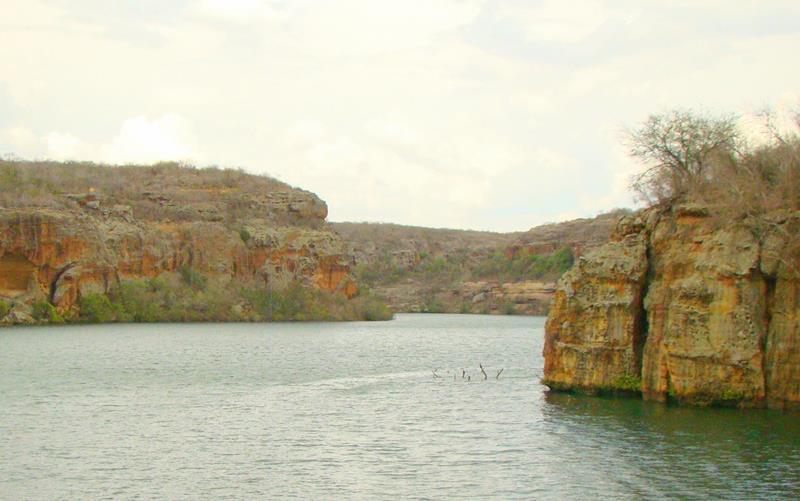 canion do xingo rio sao francisco