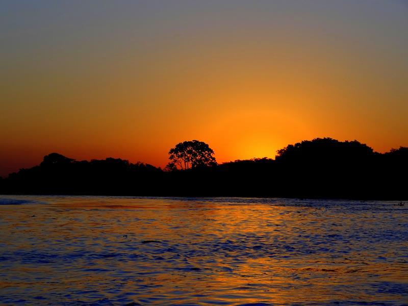 o-que-fazer-no-pantanal-por-do-sol